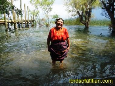 Woman from Almolonga in San Marcos la Laguna,