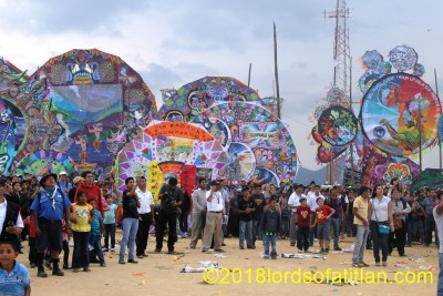 There is an alternative to the drunken horse race, however, on All Saints Day. Here is the festival of the giant kites in Sumpango. However,There are also wonderful kite festivals in Santiago and Santa Mara Cuaaque, Sacatep{equez.