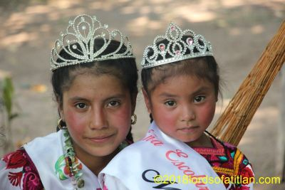 Infantile queens of Sacolajabaj, San Cristóbal Totonicapán  but at an activity in Champerico.