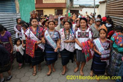 The parade of the indigenous queens, also known as the caminata