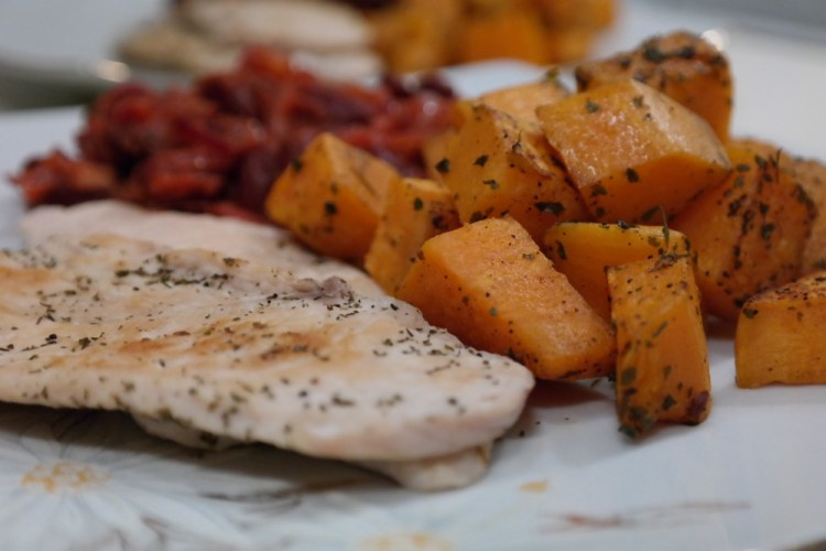Grilled chicken with sweet potatoes and red beans