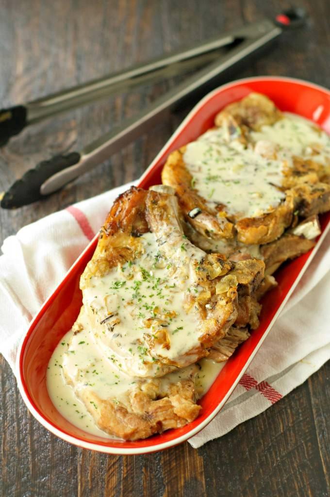 Crockpot-Pork-Chops-with-Creamy-Herb-Sauce-680x1024