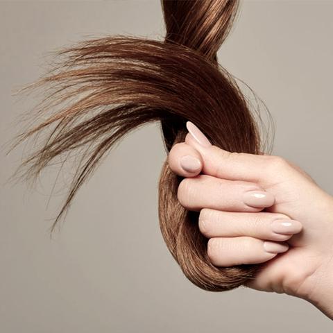 Lorenzo-Belardi-Hairstylist-prodotti-per-la-cura-dei-tuoi-capelli-luminosi-e-forti_parrucchiere-milano