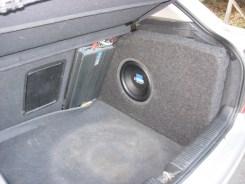 Custom Subwoofer box in vetroresina