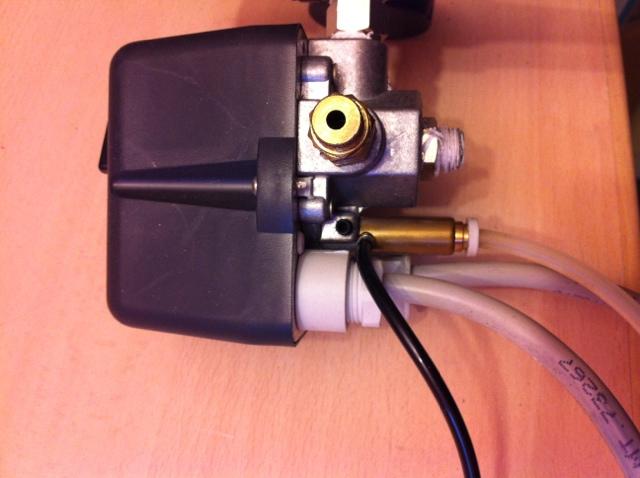 web_compressore_serbatoio_www.lorenzoimbimbo.com_047