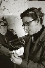 Cristiana Menculini che dipinge