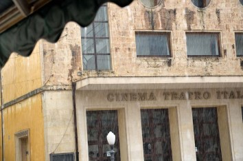 Pioggia sul Cinema Teatro Italia di Scicli