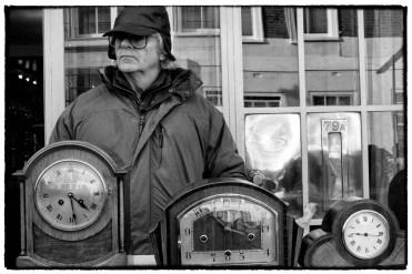 Venditore di orologi al mercato di Portobello