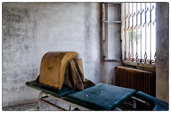 Villa Sbertoli, Manicomio Abbandonato a Pistoia