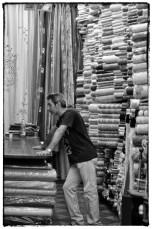 Venditore di Stoffe a Palermo