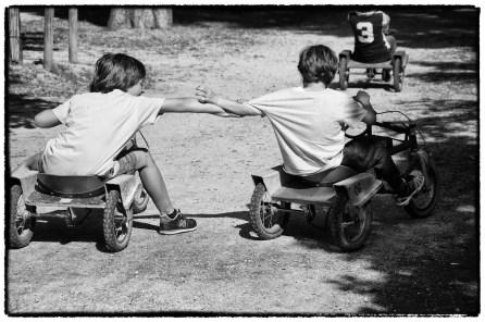 Corse con il grillo al Parco Ducale a Parma