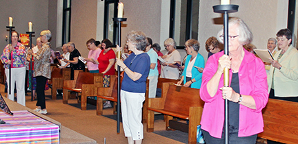 The Class of 1965 joins the Loretto Motherhouse Community at Mass in the Church of the Seven Dolors. (Photo by Peg Jacobs)