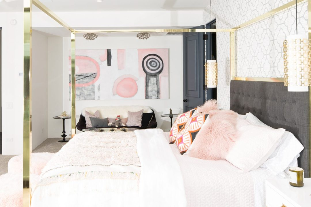 Table legs and kitchen details should emphasize shine with some gold accents or like this glamorous bed! And don't be afraid to mix metals for a layered, designer touch! And rather than leather and tweeds, op't for suedes and velvets. Rock n' Roll, baby!