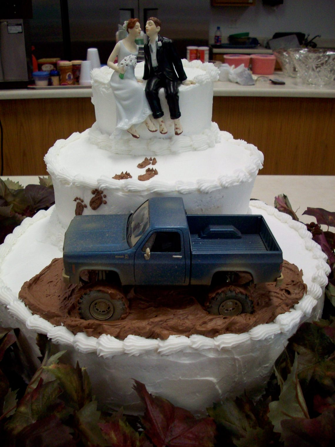 Image Result For Best Cute And Funny Grooms Cake Ideas For Your Wedding