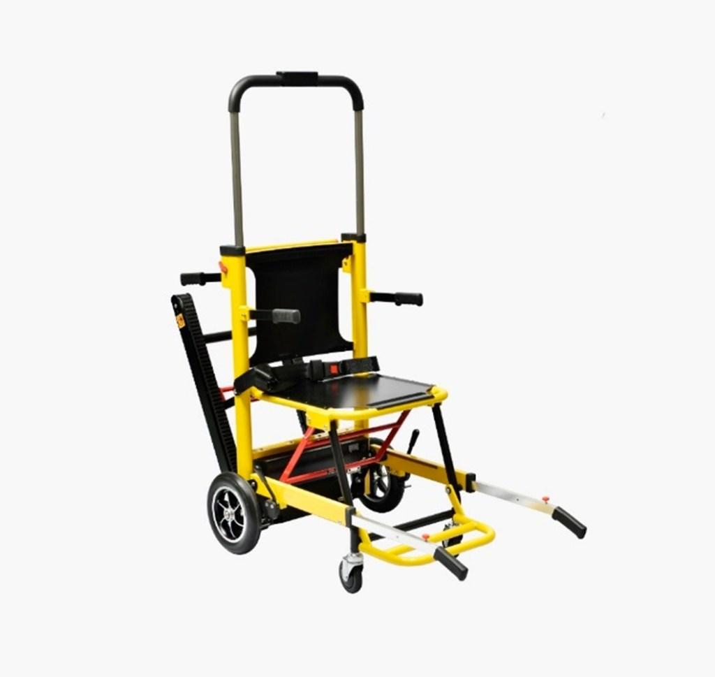 sedia monacale motorizzata con cingoli piegata