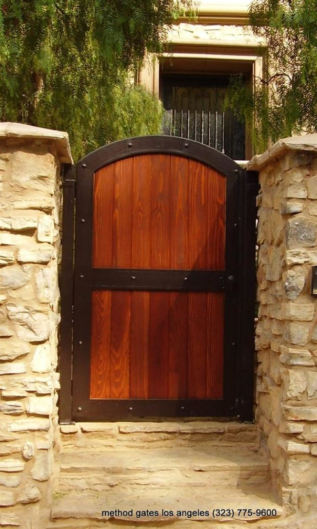 Wooden Gate Method Gates Amp Fence Driveway Gates