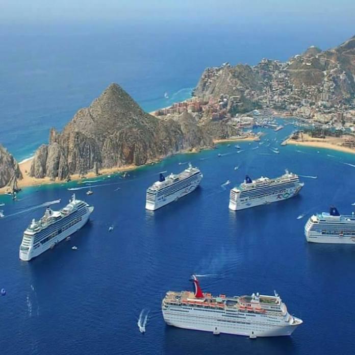 Resultado de imagen de cruise ships in los cabos