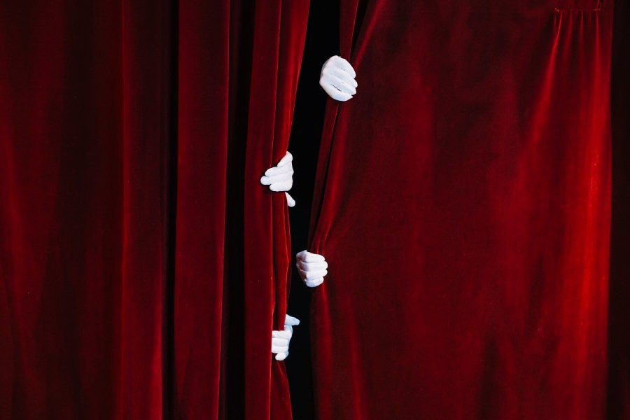 """Castelnuovo Don Bosco, ecco il festival teatrale """"Basta che siate giovani perchè io vi ami assai"""""""