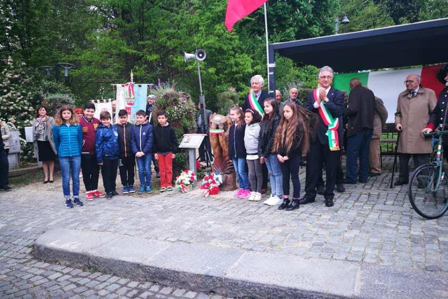 Santena celebra il 76° anniversario della Liberazione d'Italia