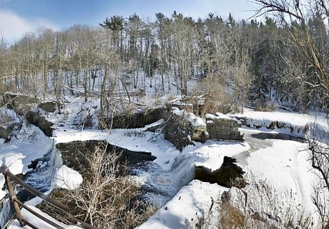 I took several pictures of the Outlet Stream and the Falls from the structure of the Seneca Mills water handling controls, then stitched them together to make this panorama.