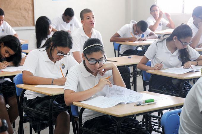 87 % de estudiantes aprobó primera convocatoria Pruebas Nacionales