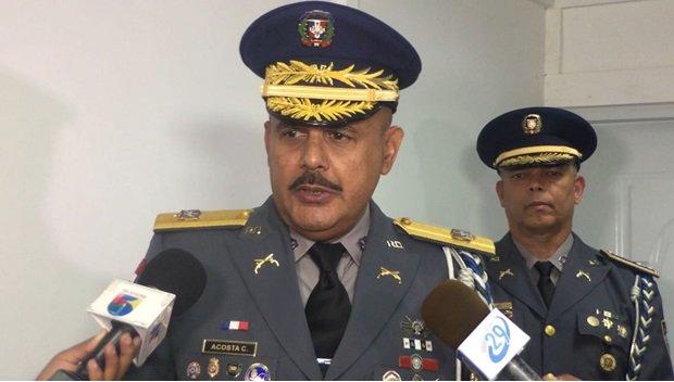 Retiran querella contra general Acosta Castellanos
