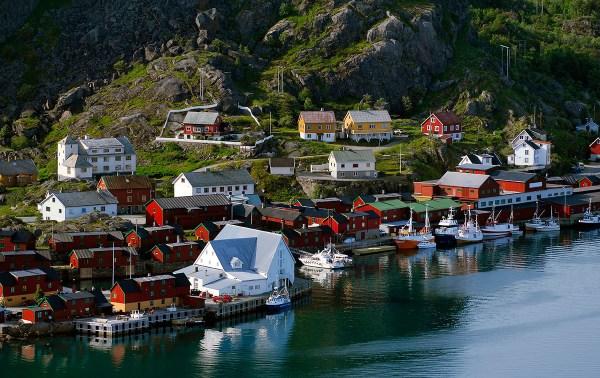 pueblos-noruega-stamsund