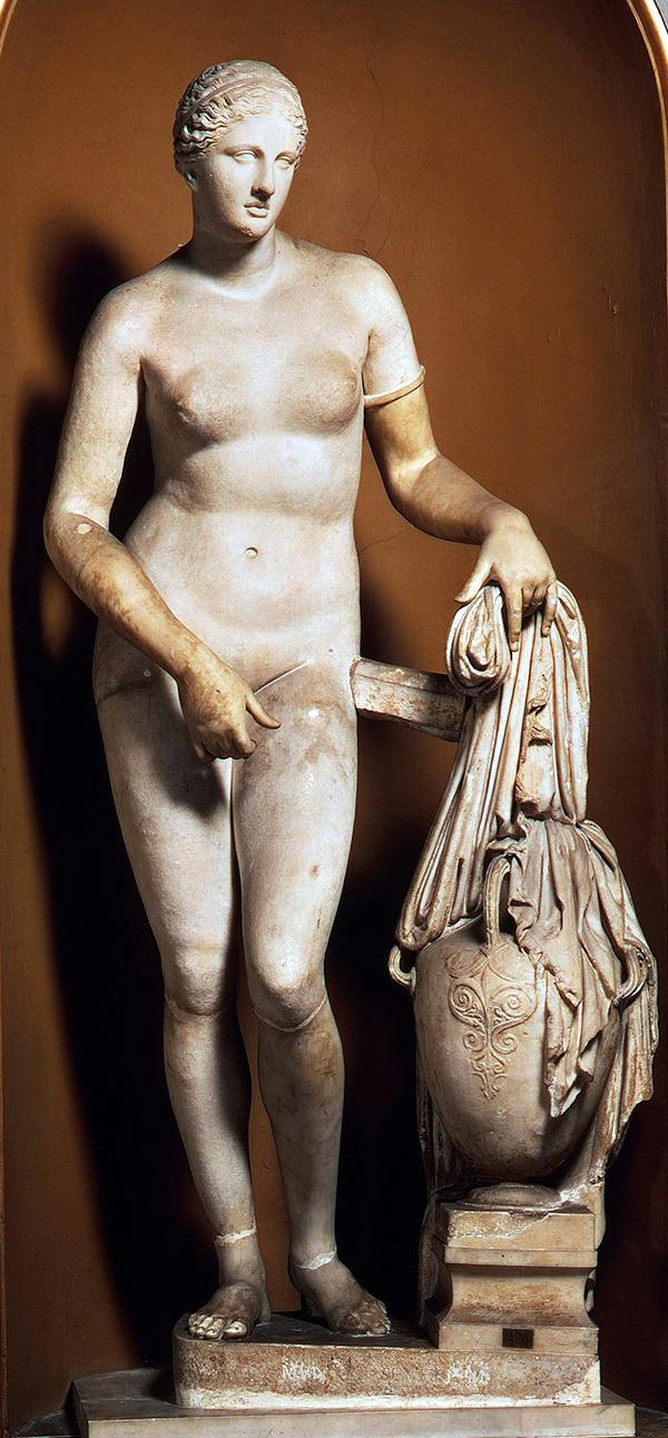 Colonna Venus, Vaticaans museum. Dit is de meest bekende en waarschijnlijk meest getrouwe kopie naar Praxiteles zijn origineel.