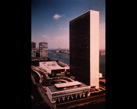 093 - UN Building Day, UN