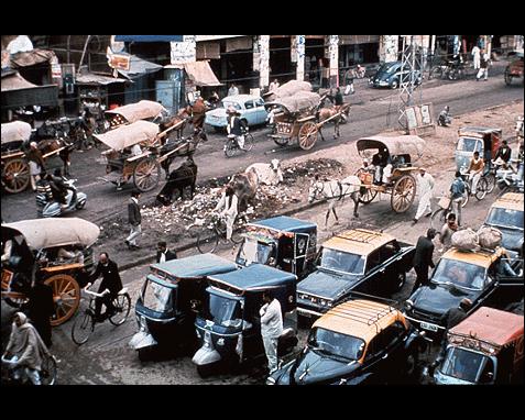 101 - Street scene, Asia (Pakistan), UN