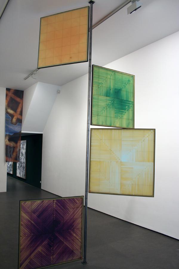 Hierarchies Of Allegiance - 95x95cm Olieverf op wassen panelen