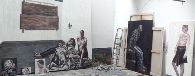 Michiel Hogenboom (van We Like Art) maakt atelierfilmpjes. Zonder de kunstenaar dan. Dat levert een blik in hoe een kunstenaar zijn werk maakt en dat ook bekendere namen als Ina […]