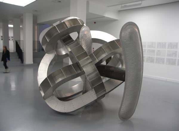 Richard Deacon - Body of thought #2