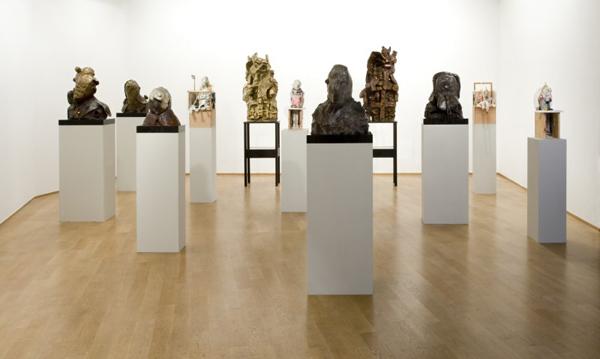 Sculpturen bij elkaar