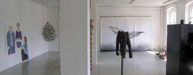 De eindexamen exposities zitten er aan te komen. In Breda, Sint Joost, pakken de studenten het zelf ook zo serieus op dat zelfs de derdejaars een expositie regelen aan het […]