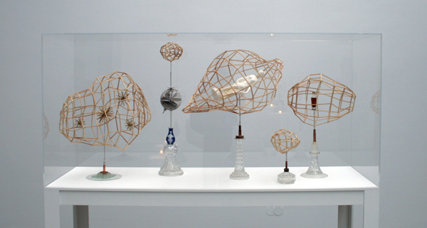 Bjorn Dahlem - Die Lokale Gruppe (Coma, Virgo, Sculptor) - 150x50x180cm Diverse materialen