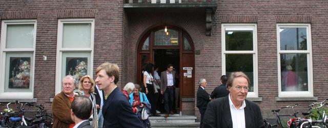 Sinds anderhalve week is er in het Abbehuis een nieuwe galerie gevestigd. Dat huis is van de oude oprichters van het museum met vooral moderne kunst; het Abbemuseum. Ironisch genoeg […]