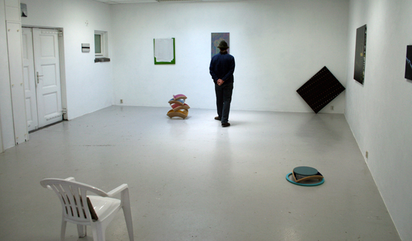 Sindbert keurt de tentoonstelling