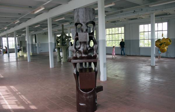 Atelier van Lieshout - Tribe