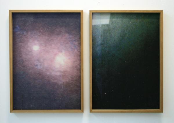 # +02.03 - 44x61cm Foto's en rechts een stuk muur (niet op foto)