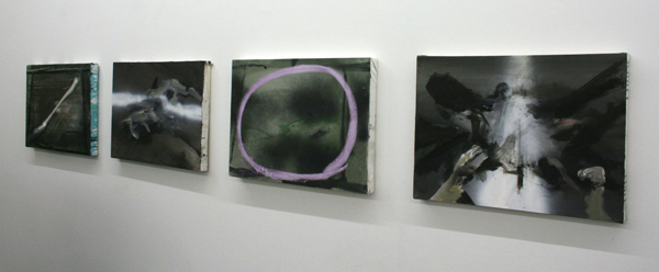 Jop Vissers - Diverse werken - 40x55cm Acrylverf, olieverf, lak, spuitbus en stoepkrijt op canvas