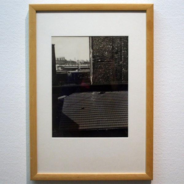Laszlo Moholy-Nagy - Uitzicht vanuit aterlierraam van Piet Mondriaan - Gelatinezilverdruk