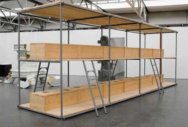 Atelier van Lieshout - CallCenter Units Life Size Toiletunit - Hout en staal