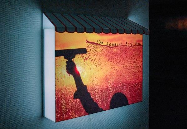 Friedrich Kunath - I'm Someone Else Now - 59x75x20cm Lichtbak