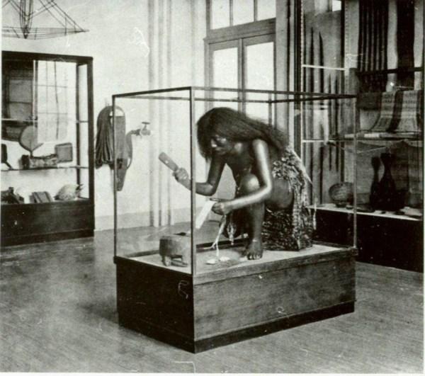 1947-1966 - Hermann Niggemeyer - Presentatie Museum für Völkerkunde Frankfurt