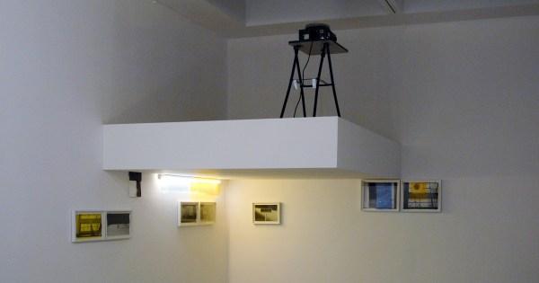 David Maljkovic - Missing Colours - Installatie met diverse materialen