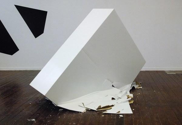Sebastian Wickeroth - Untitled - Gipsplaat, hout en lak