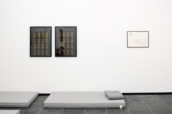 Marcel Broodthaers - Museum-Museum - Twee zeefdrukken, 1972 & La Faute D'Orthographe (Mea Culpa) - Zeefdruk, 1964