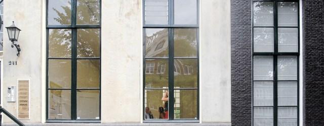 Gisteren kwam ik het bericht tegen dat ze in het Gemeentemuseum een recent werk uit 2008 moesten restaureren. Het betreft een sleutelwerk uit het oeuvre vanMatthias Weischer (1973) waarbij hij […]