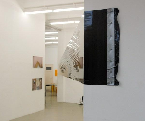 Francois Dey - Zonder titel - Plastic folie installatie
